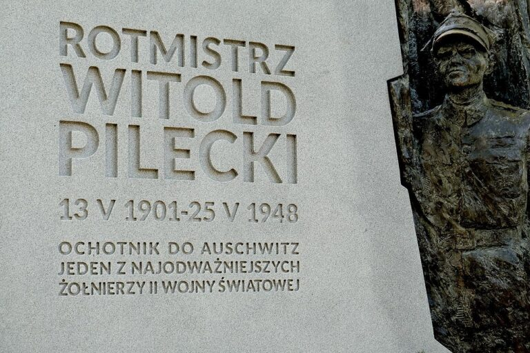 Poszedł do Auschwitz, by dać świadectwo, zabili go polscy komuniści